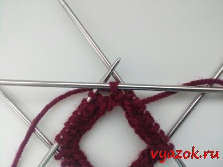 Как соединить вязание на 4 спицах 26